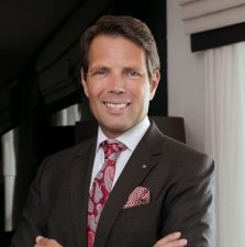 Rogier M. Hurkmans, Cluster General Manager