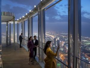 The Lounge, Burj Khalifa 3